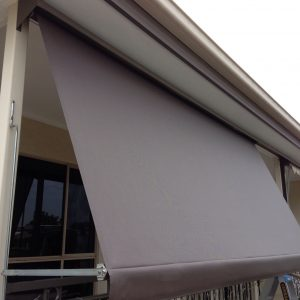 Automatic awning with hooding 2 300x300 - Automatic Awning